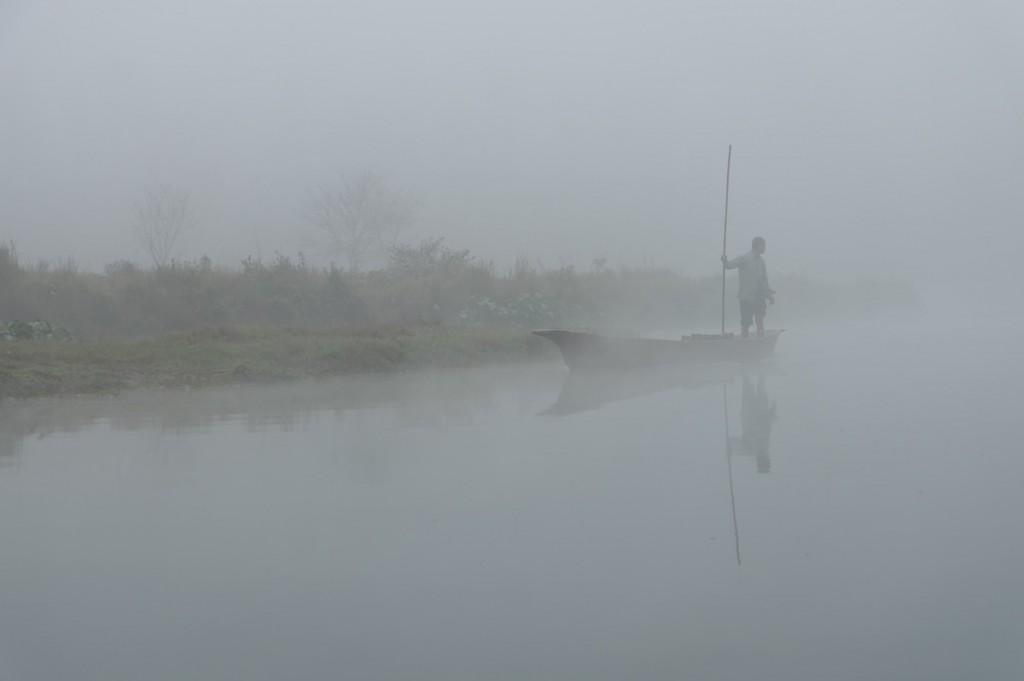 Canoe in ceata